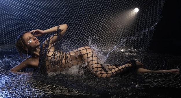 rencontre libertine cap d agde femme plage filet eau nuit
